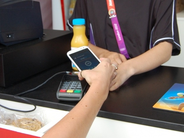 mobile-payment-620x465