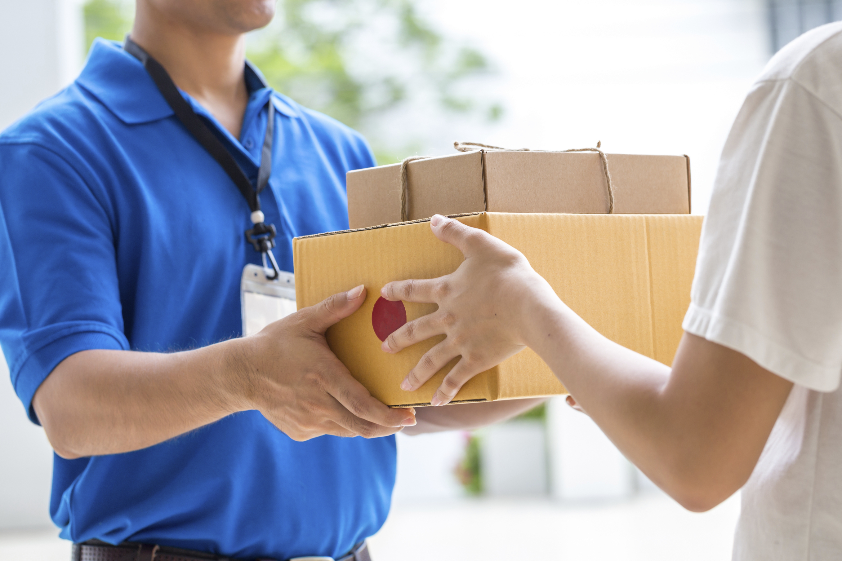 myHermes Small parcel collection by courier