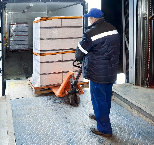 Considerations when using a pallet courier for foodstuffs