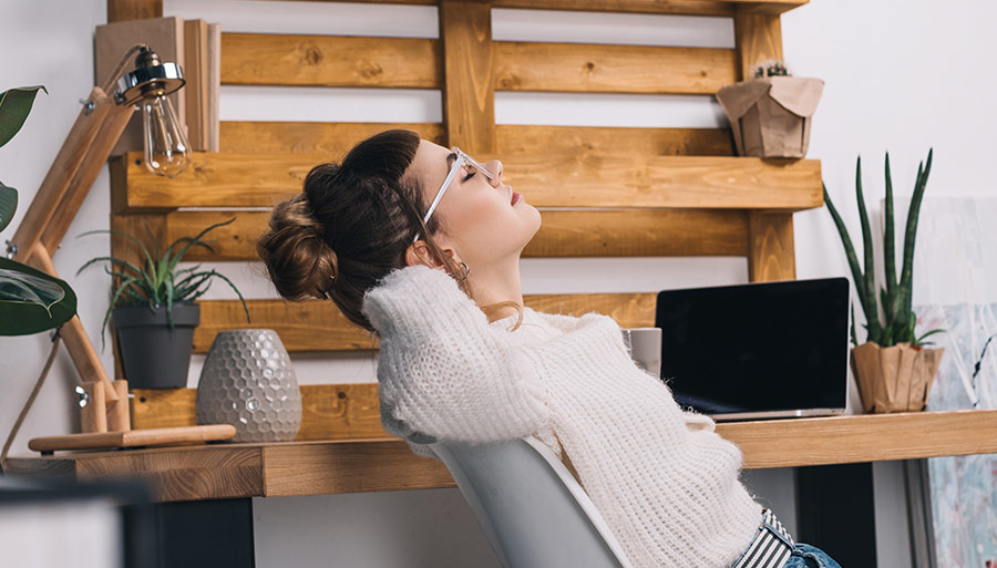 10 Unique Ideas for Pallet Furniture